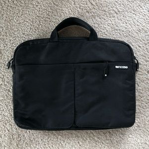 Black laptop case 13""